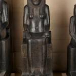 Статуя Сехмет, лев с головой богини